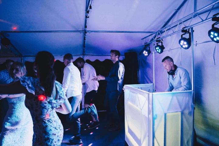Dansegulv og DJ